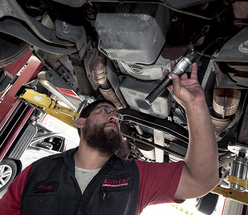 Engine Repair Avon: ASE Certified Service | Auto-Lab of Avon - content-engine-check
